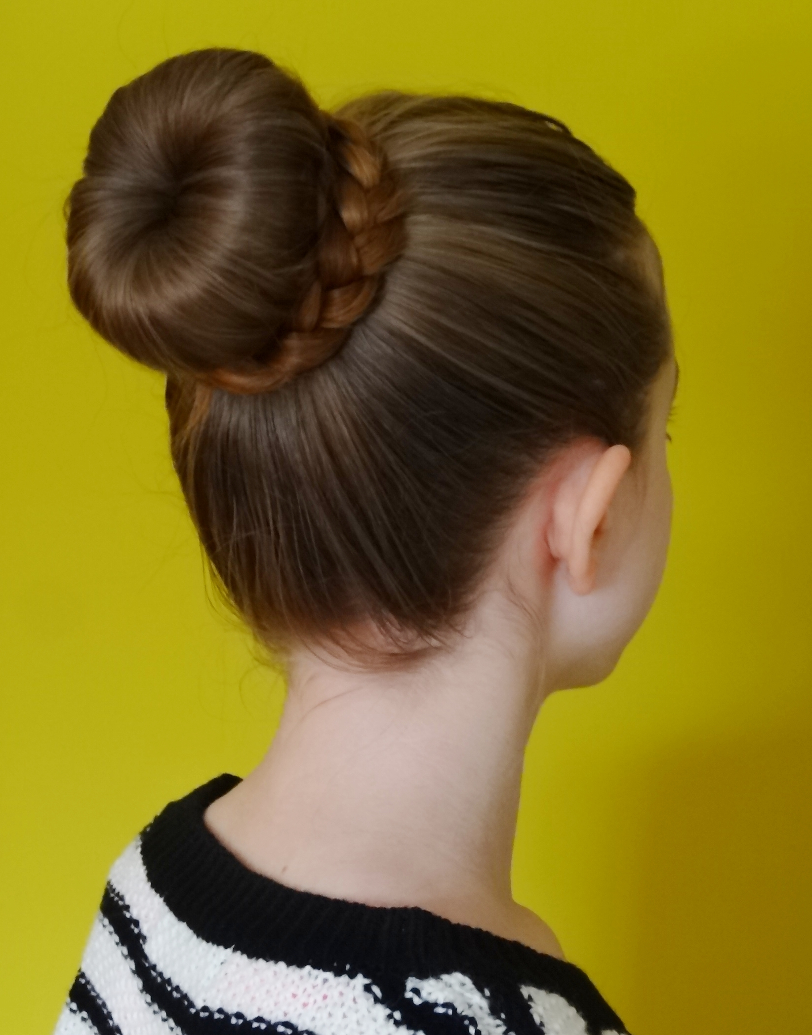 Upside Down French Braid Messy Bun Simple Hairstyles for ...