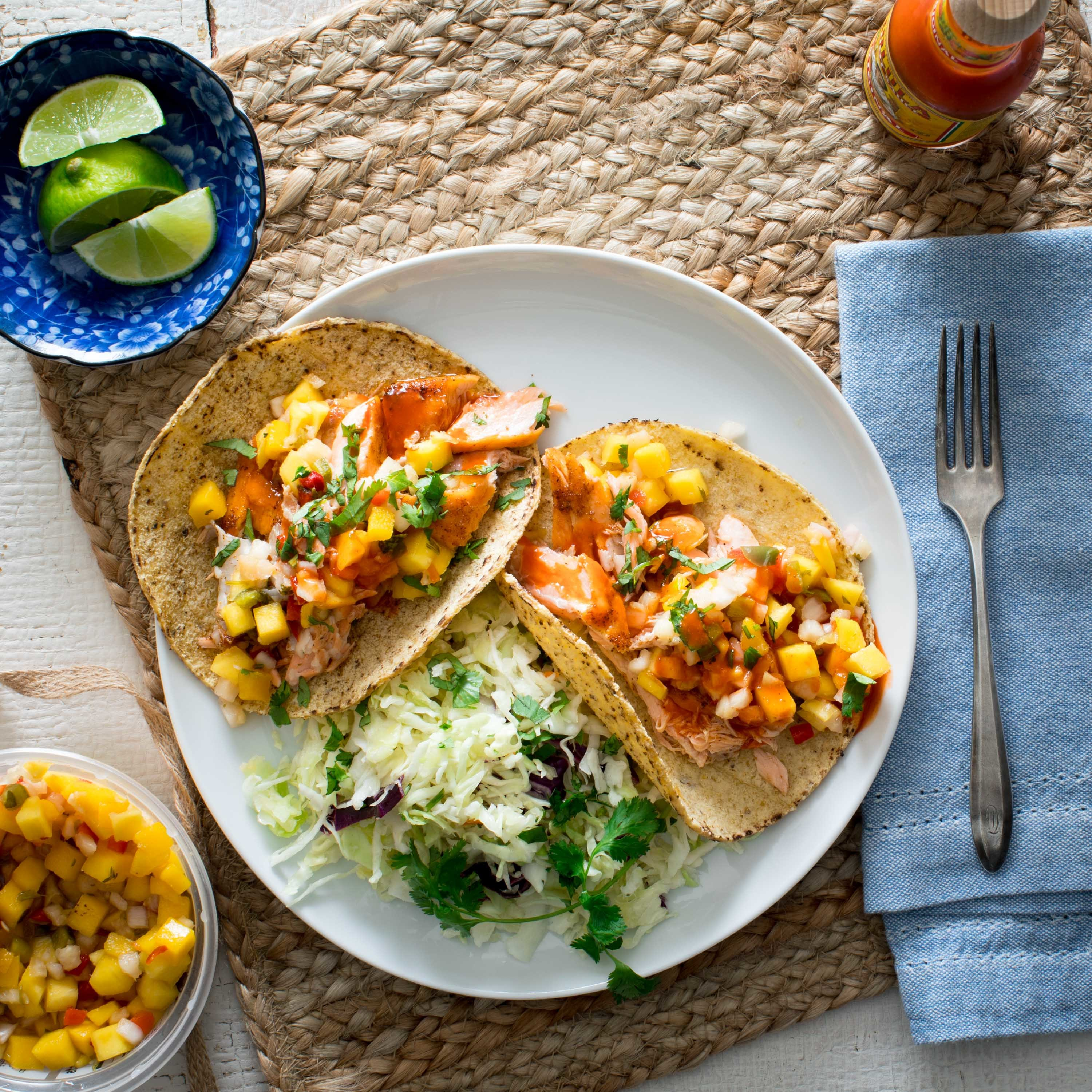 spicy salmon tacos with pineapple salsa