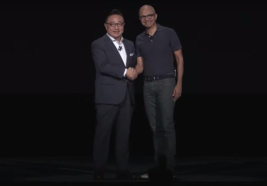 DJ Koh, CEO of Samsung, and Satya Nadella, CEO of Microsoft